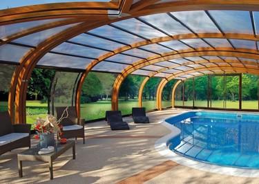 Abrisud sorprende con sus nuevas cubiertas para piscinas: personalizadas y de madera