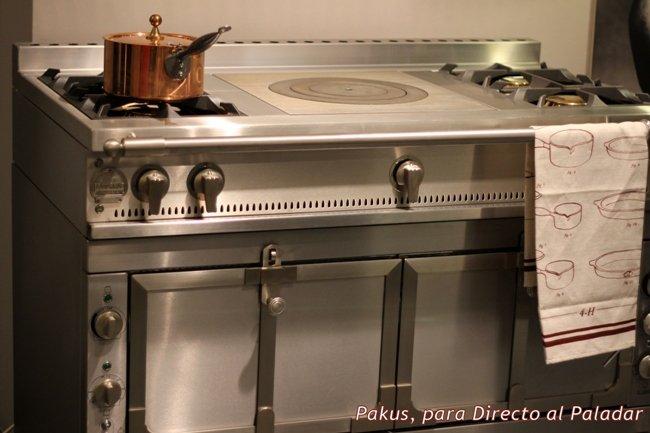 Cocinas de gas m s f ciles de limpiar for Cocina vitroceramica a gas
