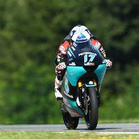 John McPhee marca el mejor tiempo de Moto3 en unos entrenamientos marcados por la lluvia
