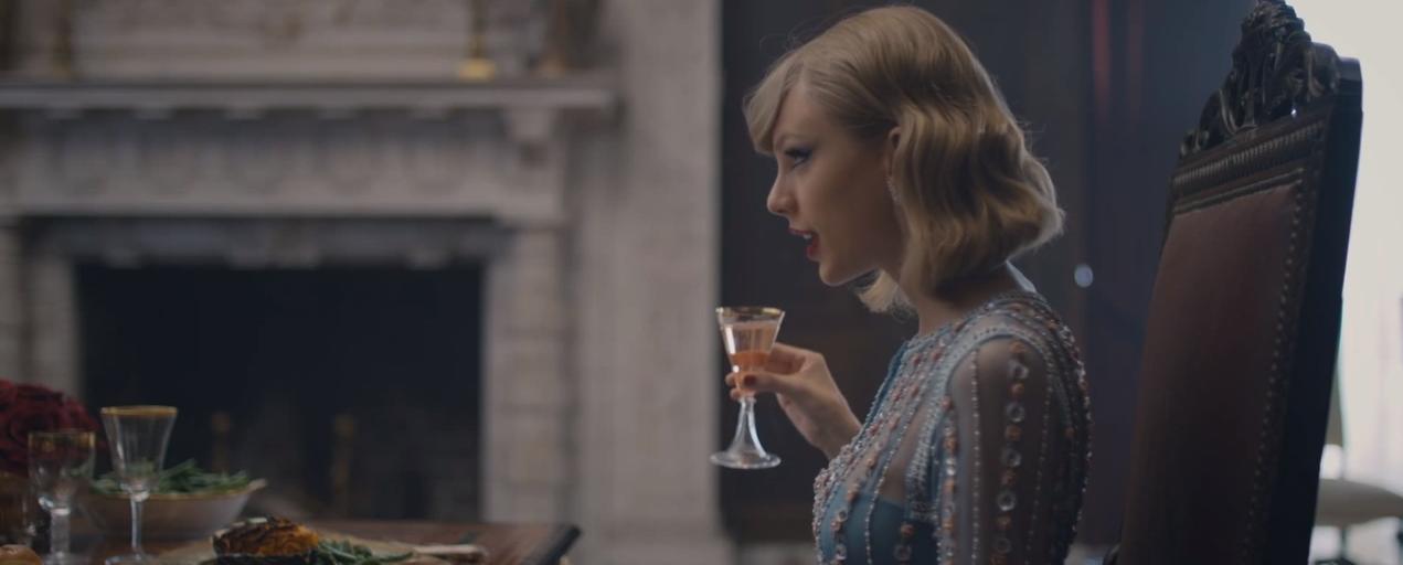 Foto de Los looks de Taylor Swift en Blank Space (8/18)