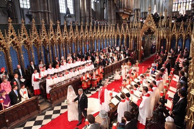 Foto de Todas las imágenes del príncipe Guillermo y Kate Middleton en el altar (6/12)