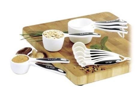 tazas y cucharas medidoras