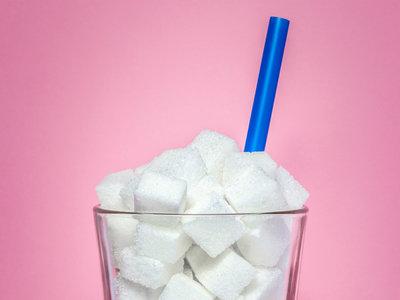 El impuesto sobre bebidas azucaradas en Cataluña hace caer las ventas un 22% en menos de un año