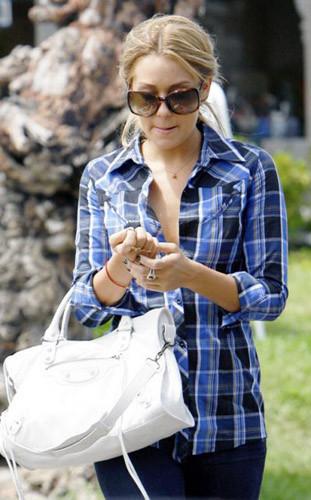 Lauren Conrad sí que sabe llevar las camisas tartán