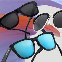 Gafas de sol Hawkers por 19,99 euros en una selección Mid Season Sale para hombre y mujer
