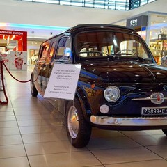Foto 5 de 7 de la galería limusina-fiat-500 en Motorpasión