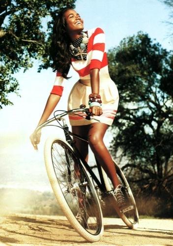 El estilo chic de moda esta Primavera-Verano 2010: prendas para vestir de Zara, Mango, HM o Blanco I