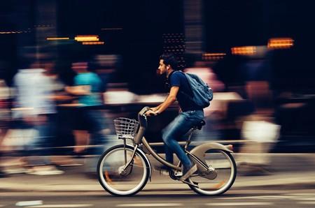 Cómo hacer ejercicio cada día casi sin darte cuenta con la bici eléctrica