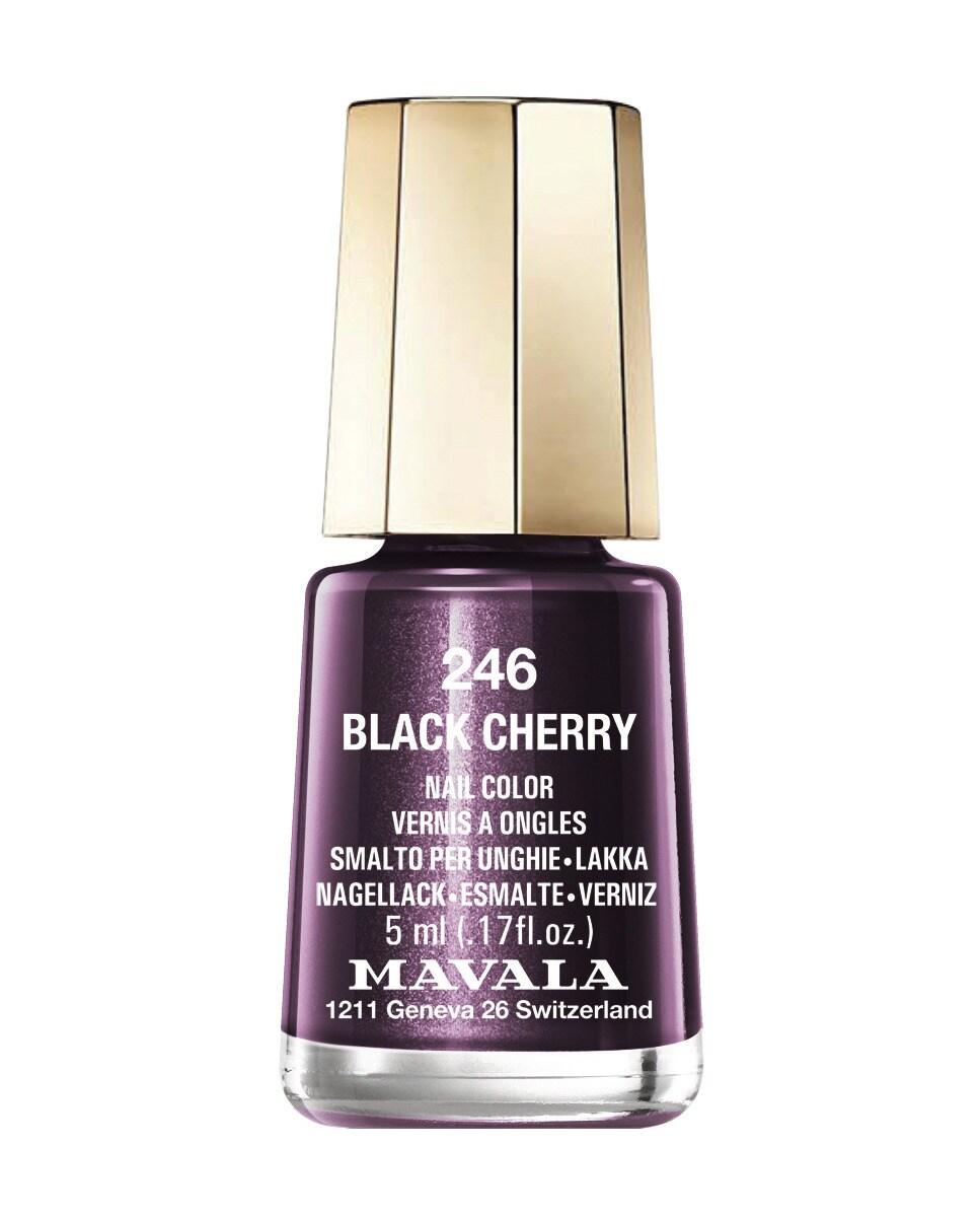 Esmalte de uñas Black Cherry 246 de Mavala Color.