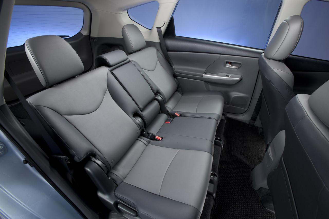 Foto de 2011 Toyota Prius v (72/77)