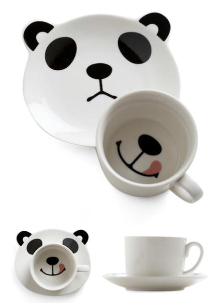 Taza de oso panda sonriendo
