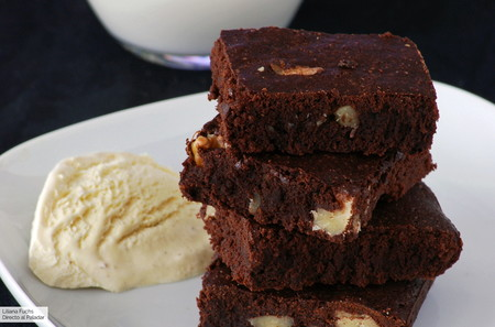 Brownie de chocolate: la legendaria receta de Katharine Hepburn (la mejor que vas a encontrar)