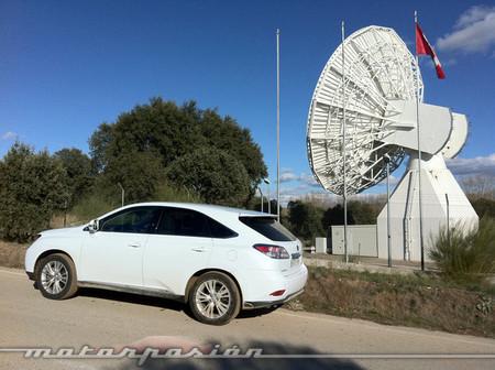 Lexus piensa en un SUV mediano