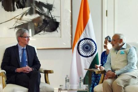 Tim Cook se reune con el Primer Ministro Indio y discute sobre planes de expansión y Apple Pay