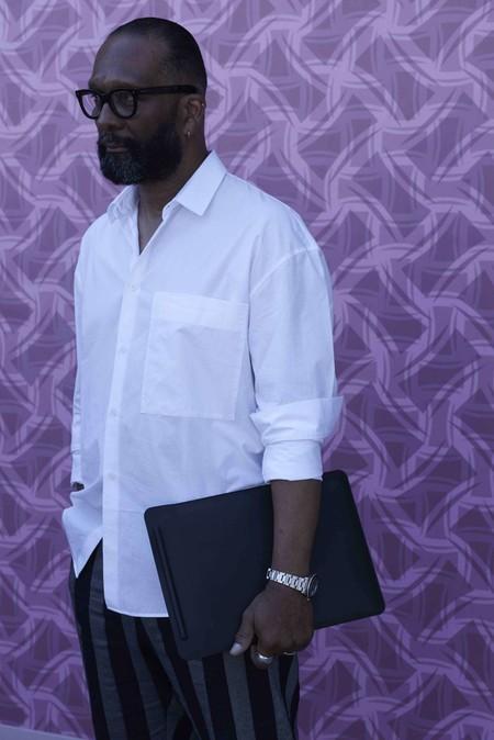 Los Hombres En Florencia Confirman El Triunfo De La Camisa Blanca Como Must En Pitti Uomo 03