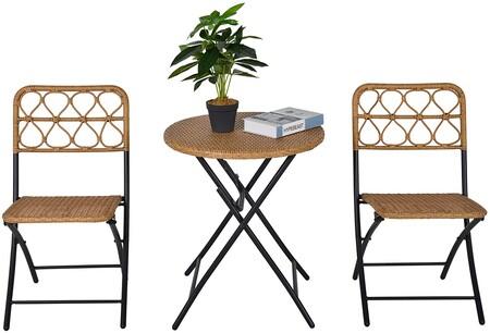 Juego de mesa y sillas de ratán para terrazas pequeñas