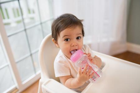 ¿Hasta que edad puede el bebé tomar biberón sin que afecte a su desarrollo y salud bucodental?