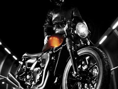 Té negro preparado por Rizoma con una Triumph Street Twin
