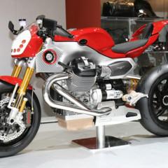 Foto 2 de 12 de la galería prototipos-moto-guzzi-en-el-salon-eicma-2009 en Motorpasion Moto