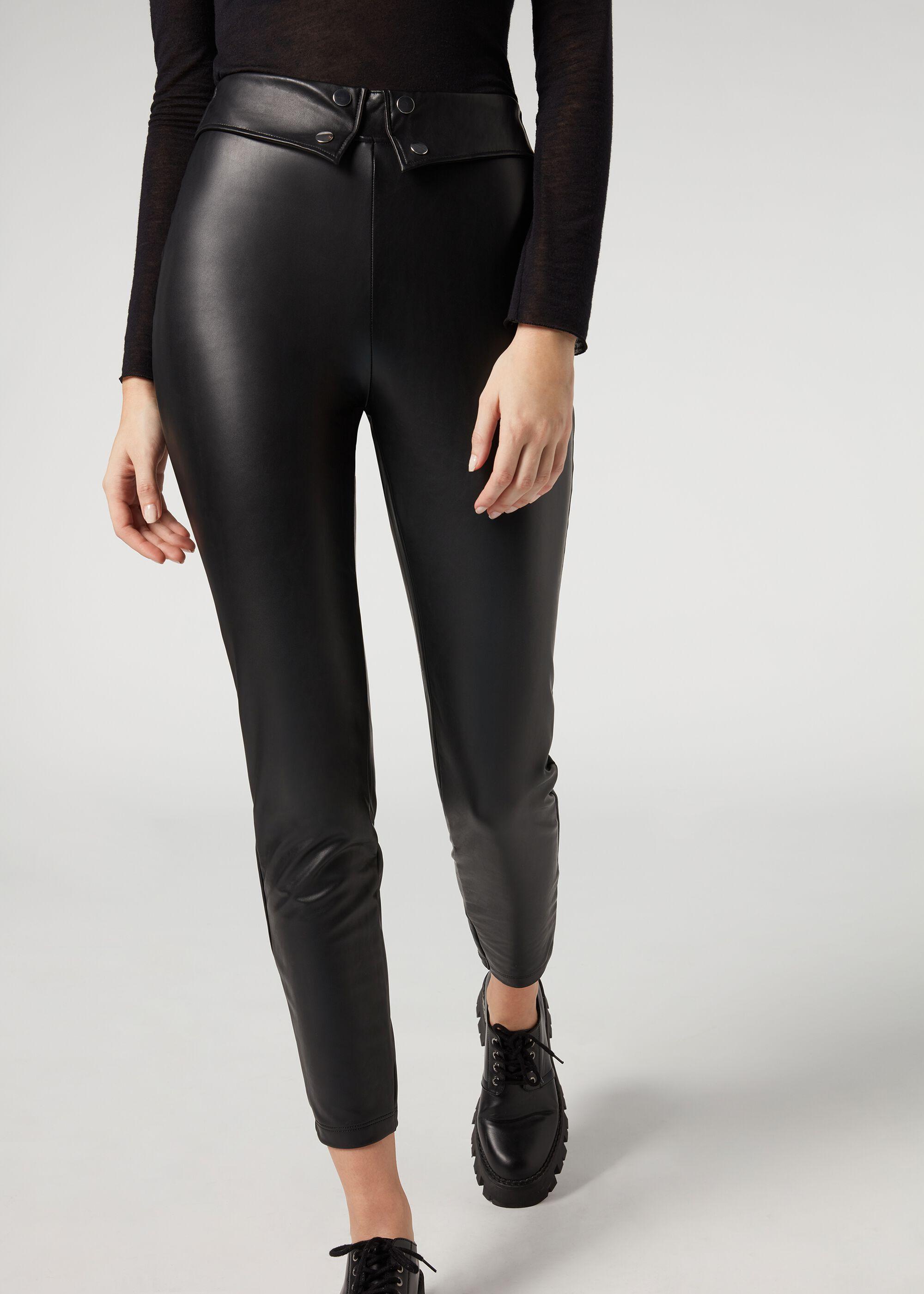 Leggings con efecto piel y detalle en la cintura