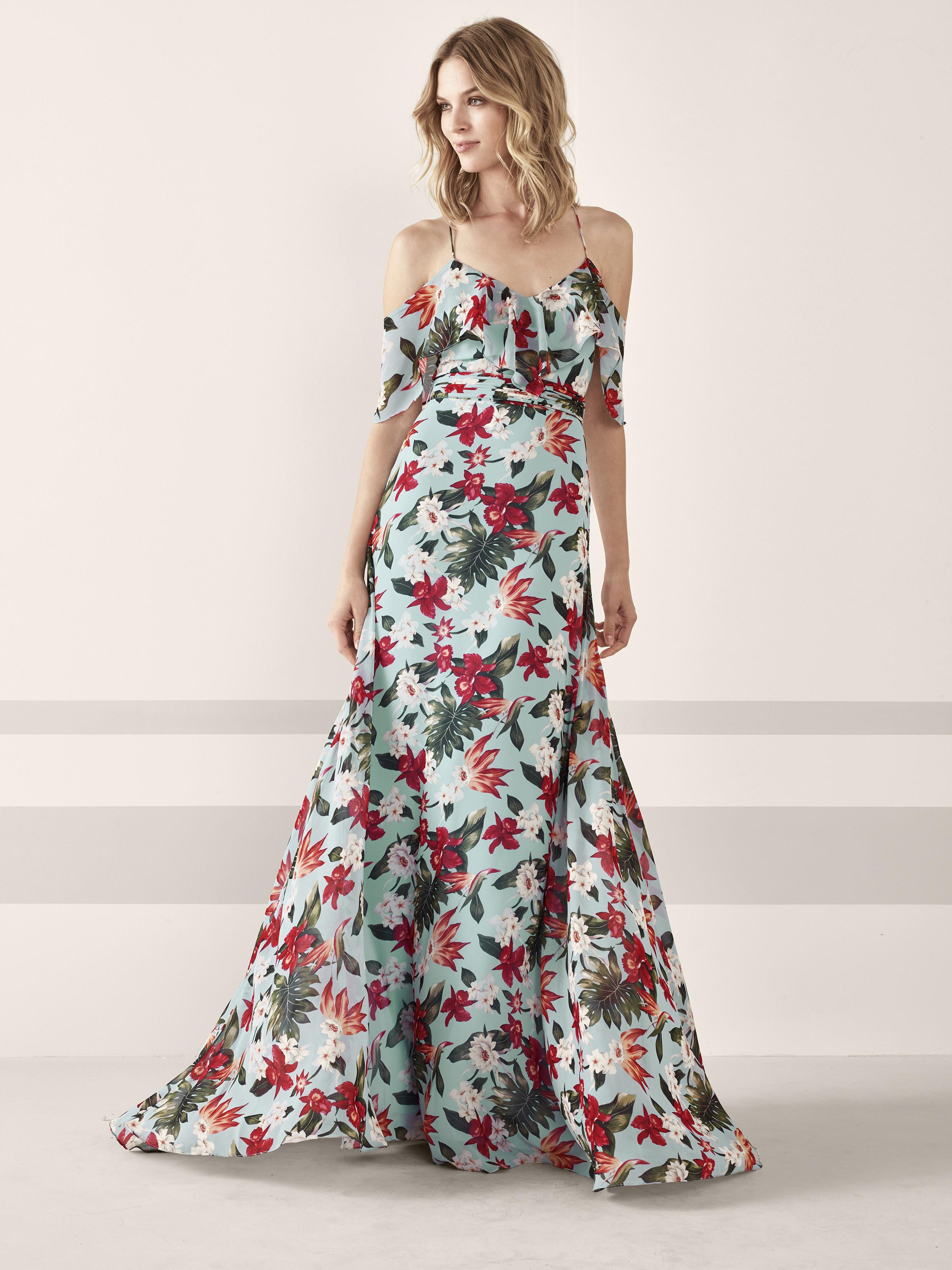 Foto de vestidos de fiesta de Pronovias 2019 (59/161)