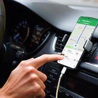 La DGT duplicará los puntos a retirar por tener el móvil en la mano mientras se conduce