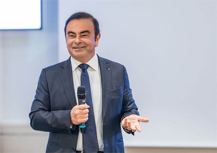 El culebrón Carlos Ghosn continúa: Renault y Francia quieren demandar al exdirectivo por