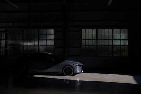 Mazda se rinde a la sobrealimentación en su compacto y estrena el Mazda3 Turbo, con 230 CV y tracción total