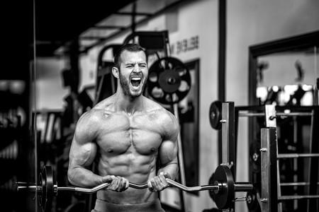 La razón por la que sentimos quemazón cuando entrenamos un músculo