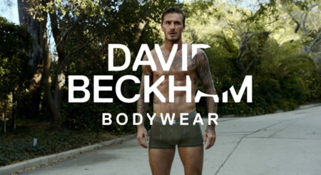 David Beckham en calzoncillos se hace los 200 metros con obstáculos para H&M