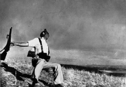 """""""Momentos estelares"""": el siglo XX a través de la fotografía"""