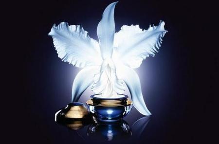 Orchidée Impériale maximiza su poder regenerante en crema