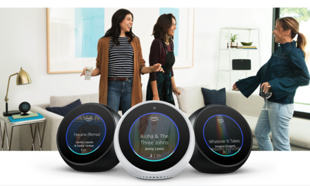"""El """"reloj"""" inteligente vuelve a Amazon más barato que nunca: Echo Spot a 89 euros y más ofertas en altavoces inteligentes"""