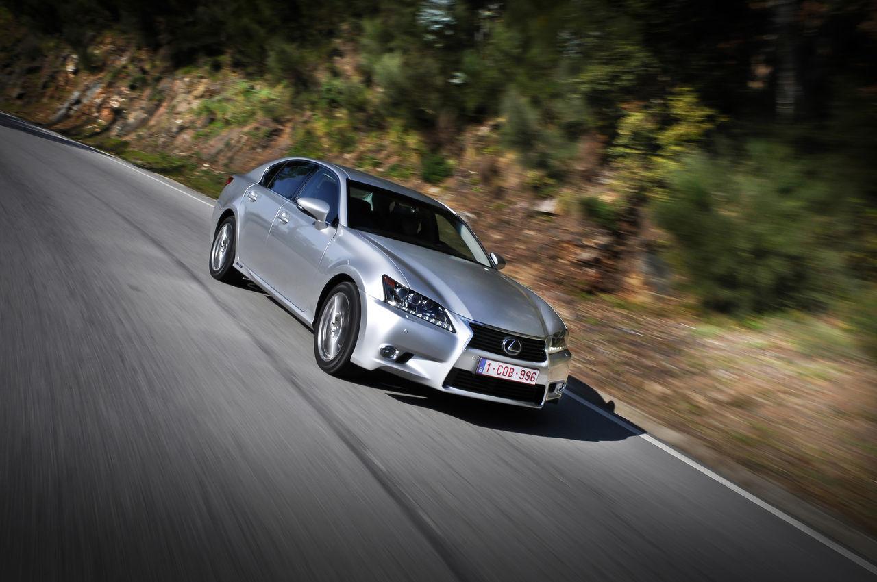Foto de Lexus GS 450h (2012) (19/62)