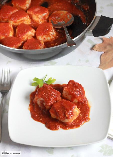 tacos de merluza con tomate