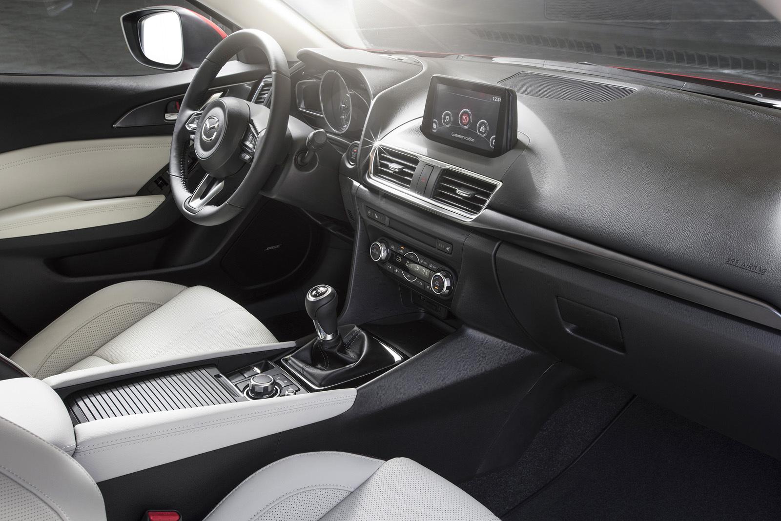 Foto de Mazda3 2017 (20/31)