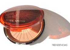 Lleva el sol siempre contigo: probamos los 'Bronzing & Blush Compact' de Clarins