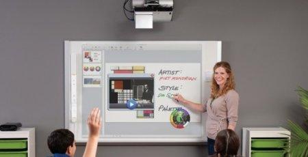 eBeam Engage simplifica las pizarras digitales