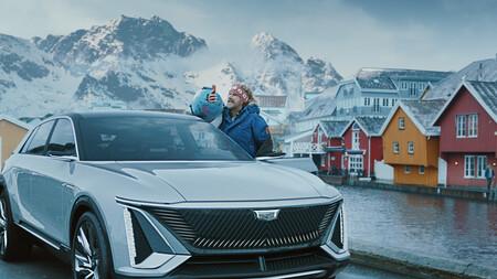 Will Ferrel y un Cadillac Lyriq: el anuncio de General Motors para la Super Bowl en el que odian a Noruega