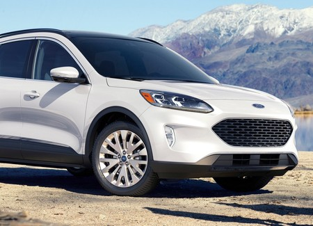 Ford Escape 2020 1600