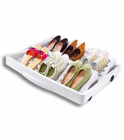 Otra idea para guardar zapatos for Mueble para guardar zapatos madera