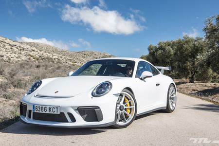 Porsche 911 GT3 lateral delantero