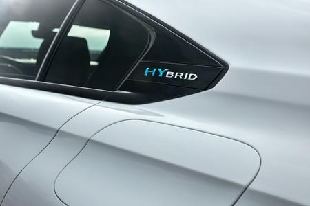 Peugeot 508 Hybrid Y 3008 Hybrid4 9