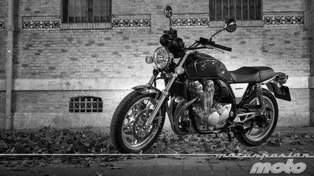 Honda CB1100, prueba (valoración, ficha técnica y galería)