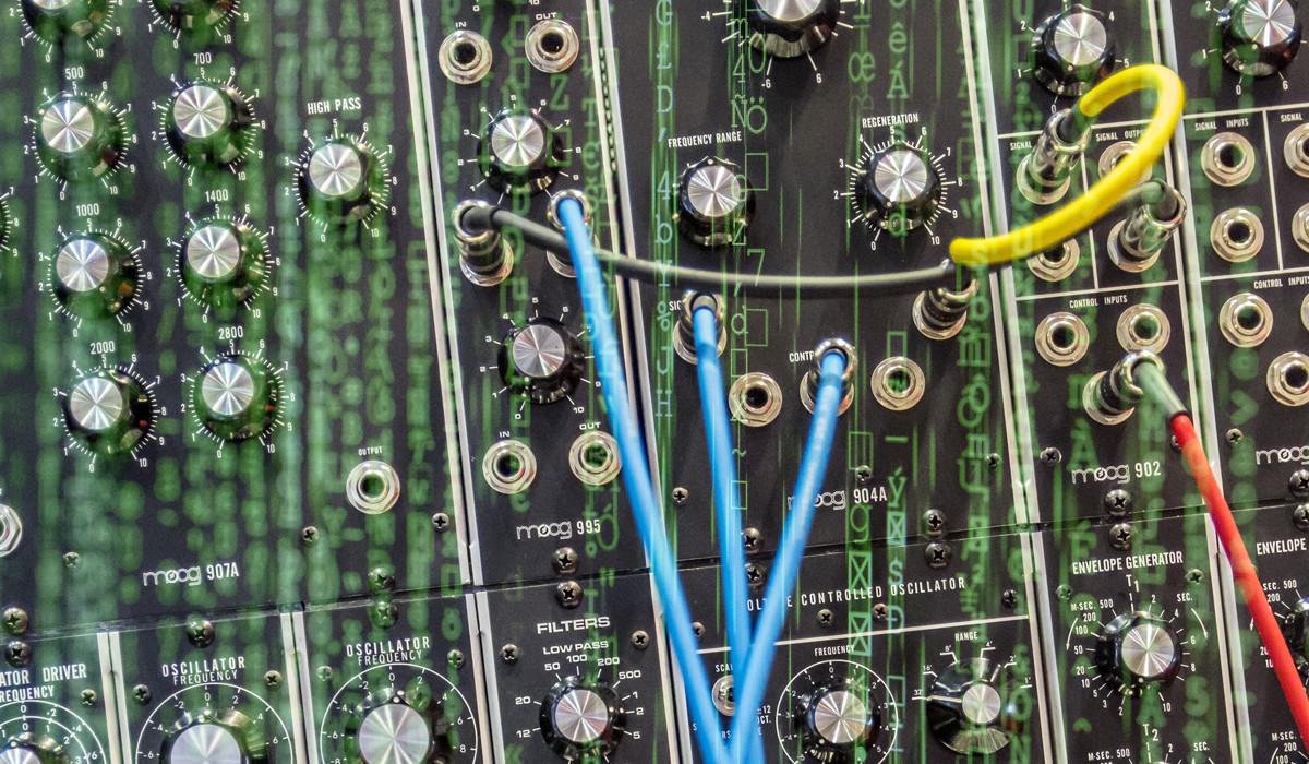 Elimina las voces o acompañamientos de una canción gratis con esta inteligencia artificial
