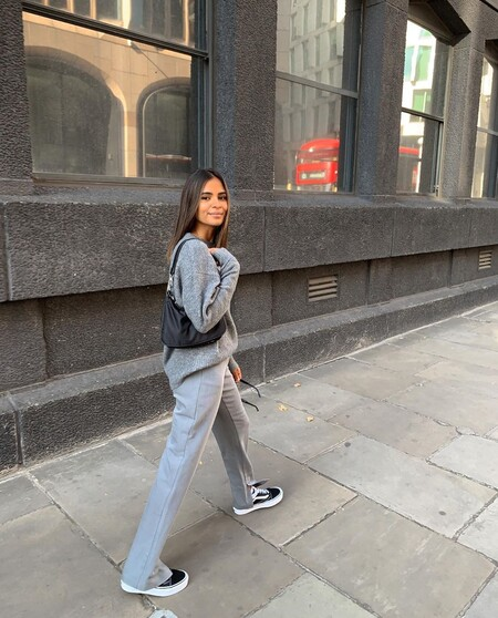 Ni soso ni aburrido, el gris es uno de los colores de moda del otoño 2020 y estos 'total look' son pura inspiración