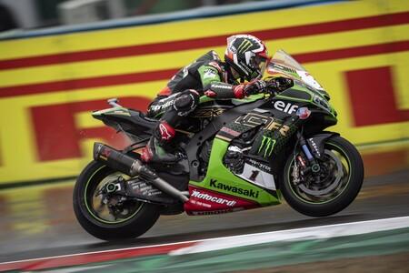 Jonathan Rea se queda a un paso de su sexto título de Superbikes tras una exhibición en lluvia