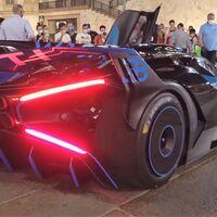 ¡Sube el volumen! El imponente y extravagante Bugatti Bolide ruge en las calles de Milán