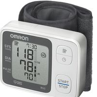 Oferta Flash: tensiómetro de muñeca Omrom RS3 por sólo 19,90 euros