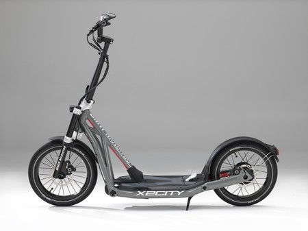 Bmw Motorrad X2city 001